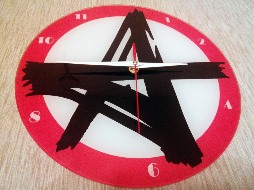 Часы настенные с одной часовой стрелкой
